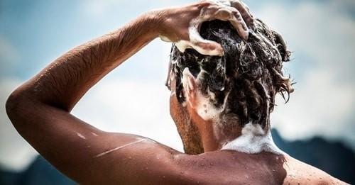 موهایتان را بیش از حد نشویید