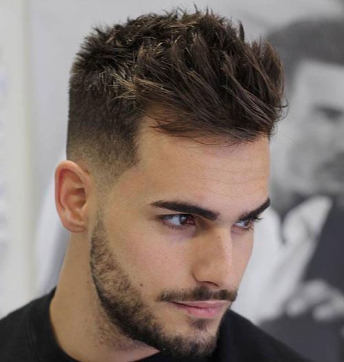 بغل های کوتاه به همراه موهایی با طول متوسط در بالای سر